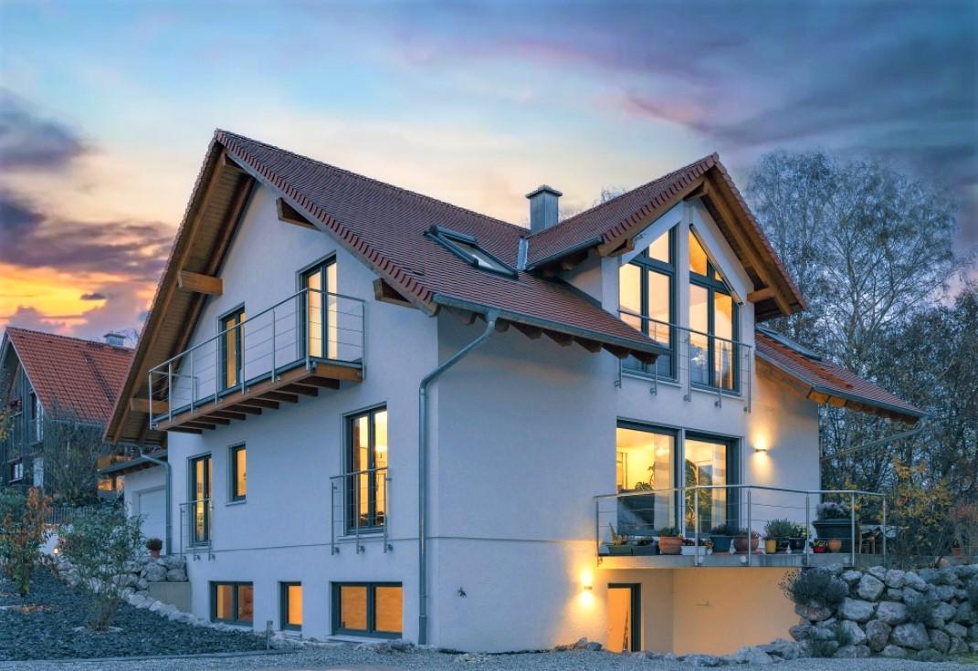Modern und großzügig – EFH mit Einliegerwohnung in schöner Ortsrandlage!