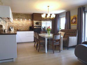 Elegante 4-Zimmer Wohnung mit großem Westbalkon